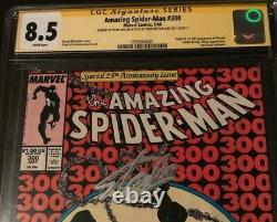 Amazing Spiderman #300 Cgc 8.5 Wp Ss Signed By Stan Lee & Mcfarlane First Venom