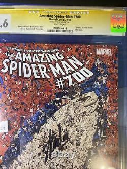 Amazing spiderman 700 cgc 9.6 Signed By Stan Lee